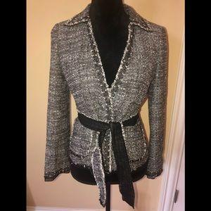 Ann Taylor petites B/W speck belted blazer size 4P